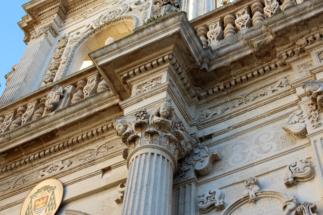 Barocco: preziosi ornamenti in pietra leccese